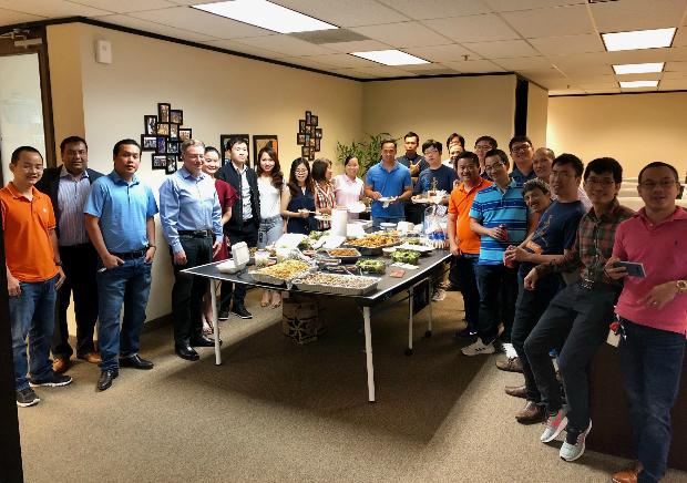 Office luncheon được tổ chức tại trụ sở FPT ở Dallas, Mỹ.