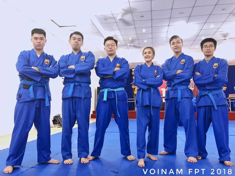 Thảo Uyên bắt đầu tập Taekwondo từ năm lớp 4 và giành chức vô địch Taekwondo tỉnh Lâm Đồng ở 2 nội dung đối kháng và quyền.