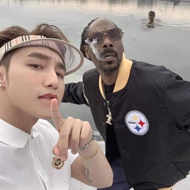Bên cạnh rapper đình đám người Mỹ Snoop Dogg, nhiều fan đùa rằng Đen Vâu chính là khách mời giấu mặt trong sản phẩm âm nhạc mới nhất của giọng ca Lạc trôi.
