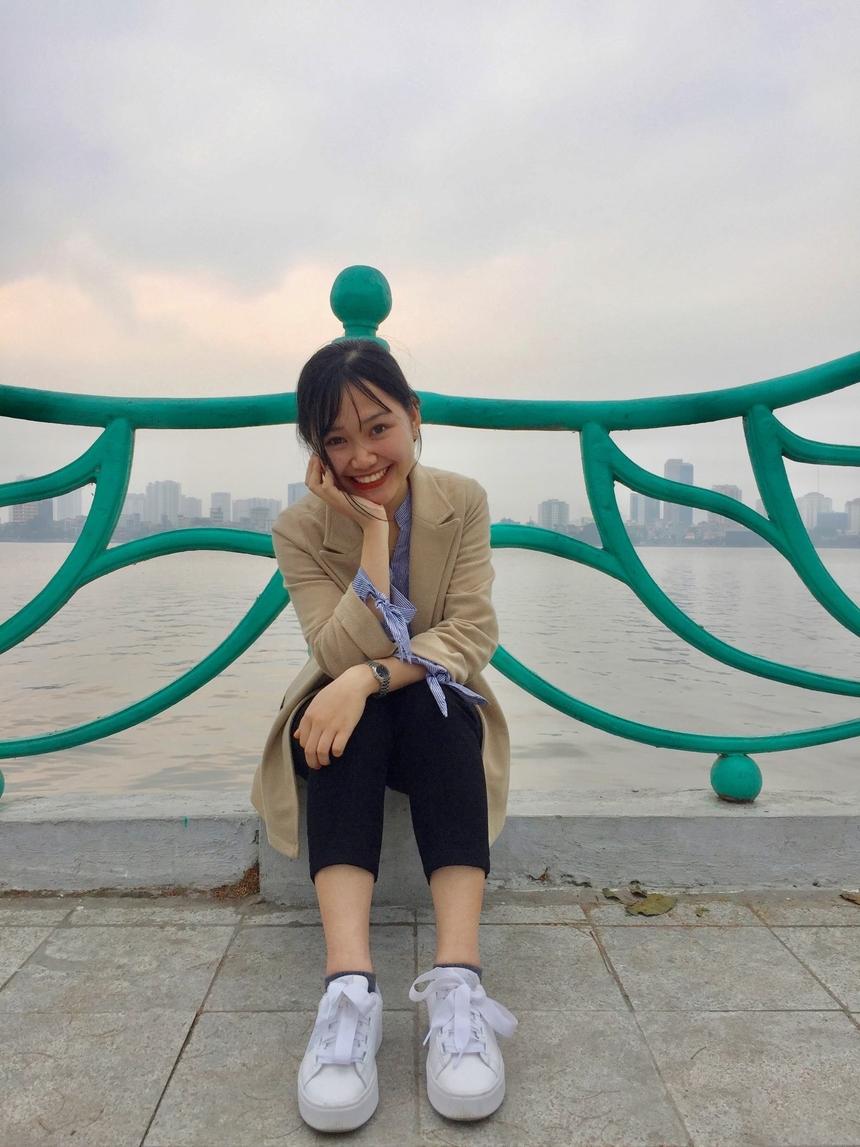 Sở hữu nụ cười tỏa nắng đầy năng lượng, Vi Quỳnh tin rằng con gái làm lập trình không hề khô khan mà còn được ưu ái nhiều.