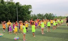 Trẻ em nhà Phần mềm sôi động trong Ngày hội thể thao