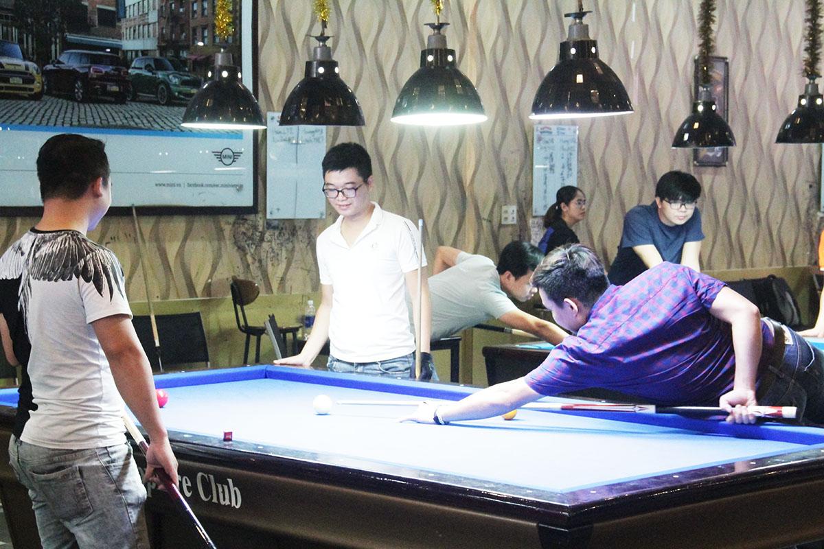 Cơ thủ Khánh Duy cho biết tại FPT Software Đà Nẵng, trò chơi cũng thu hút được một bộ phận lớn người tham gia để giải trí sau giờ làm việc. Sân chơi góp phần thúc đẩy bộ môn bida phát triển.