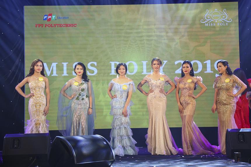 Sau 3 vòng thi, ban giám khảo đã chọn ra 6 cái tên xuất sắc nhất bước vào vòng thi ứng xử.