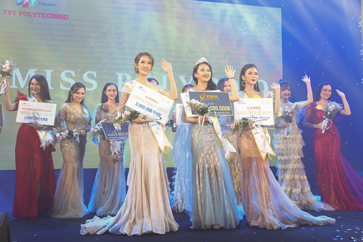 Hoa khôi của Miss Poly 2019 sẽ nhận được 3 triệu đồng tiền mặt, 1 chuyến đi phú Quốc và giải thưởng trị giá 10 triệu đồng từ nhà tài trợ