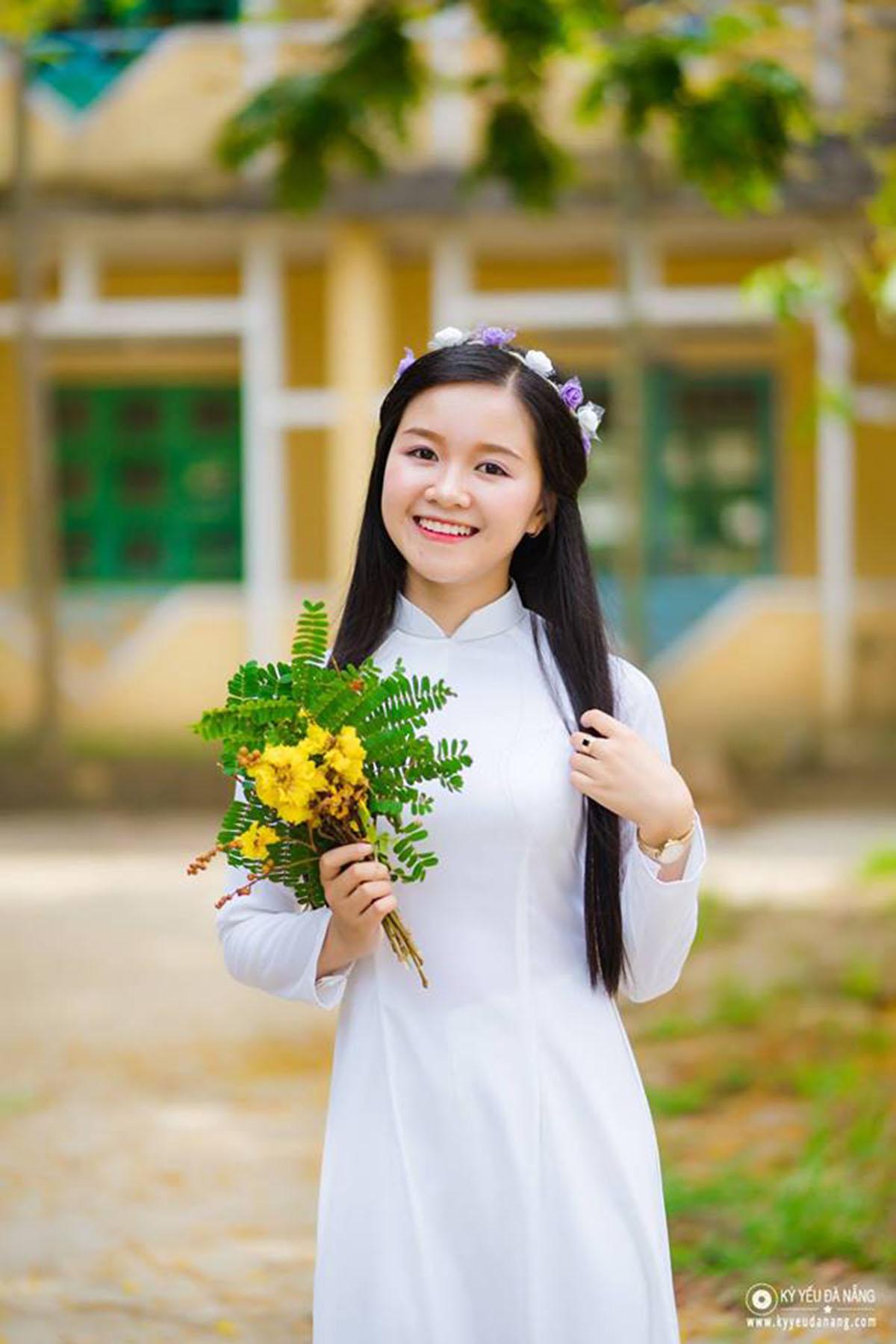 Kiểu Oanh là thí sinh gây ấn tượng ngay từ vòng sơ loại nhờ sở hữu vẻ đẹp tư nhiên nhưng không kém phần cá tính.