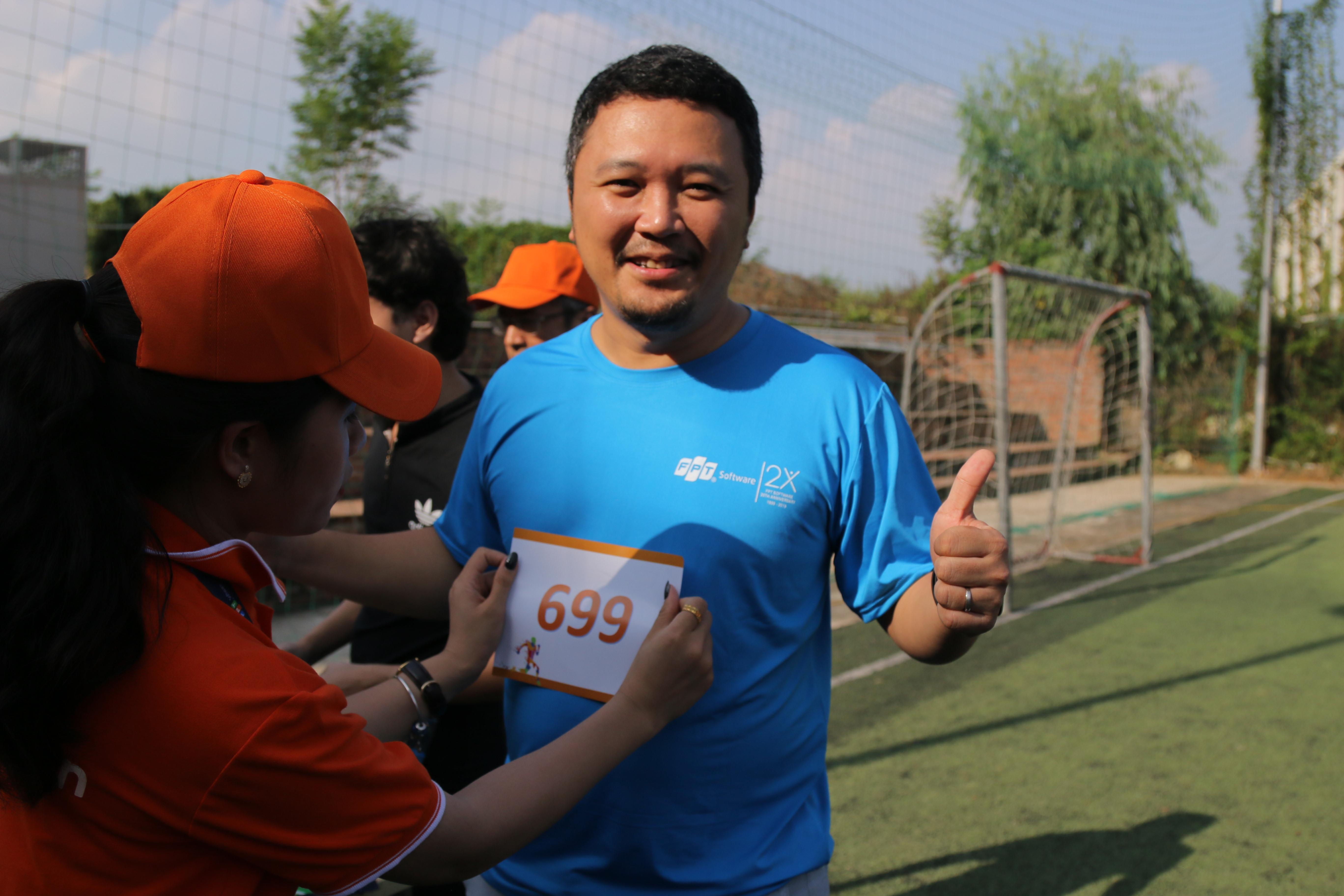 PTGĐ FPT Software Nguyễn Khải Hoàn đăng ký chạy ở cự ly 6,9 km.