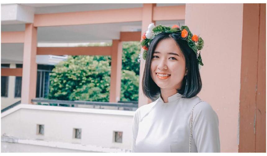 Quán quân Miss Poly Tây Nguyên nhìn nhận FPT Polytechnic là môi trường lý tưởng để người trẻ thể hiện bản thân và tự tin theo đuổi niềm đam mê. Với danh hiệu vừa nhận được,Thuỳ Mỹ hướng đến một hình ảnh sống tích cực và giàu năng lượng, đặc biệt hoàn thành tốt chương trình học tại trường.