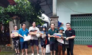 FPT Shop tặng hàng trăm suất quà cho bà con vùng lũ Phú Quốc