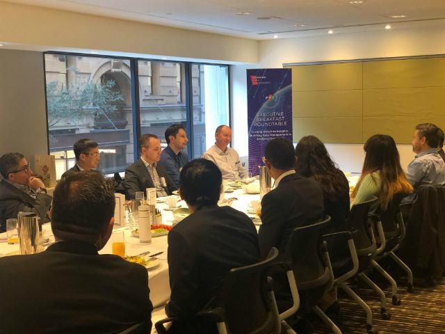 FPT Australia tổ chức buổi nói chuyện riêng với hơn 20 doanh nghiệp lớn châu Úc. Ảnh: ĐVCC