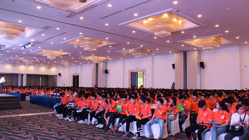 Trường FPT Polytechnic HCM đã tiến hành khai giảng năm học mới 2019-2020 cho sinh viên khóa 15.03 tạiTrung Tâm Hội Nghị Capella Parkview, quận Phú Nhuận, TP HCM, vào 15/8.