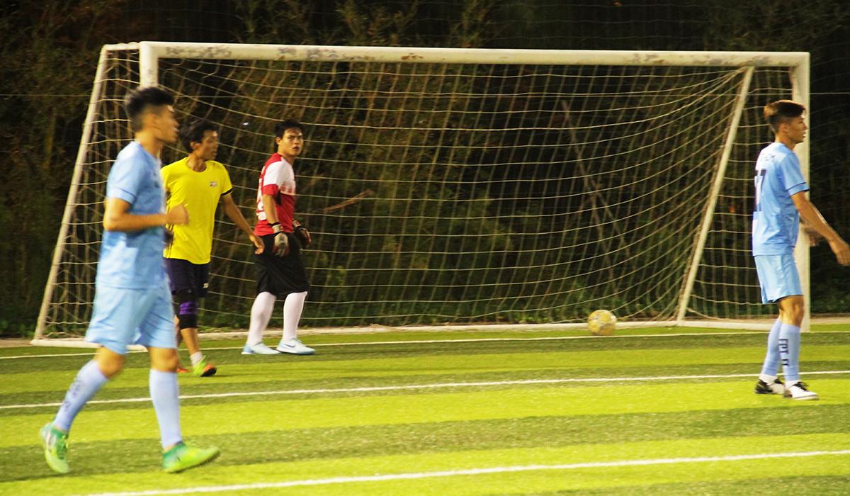 Phút thứ 5, tuyển FPT HCM đưa được bóng vào lưới Văn Min bên phía Đà Nẵng. Nhưng trọng tài không công nhận bàn thắng do tiền đạo Long Luân đánh đầu trong tư thế việt vị.