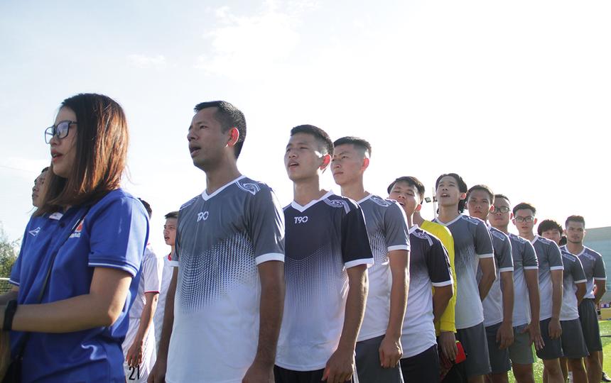 Lễ khai mạc giải diễn ra vào lúc 16h20. Các cầu thủ Hà Nội nghiêm chỉnh thực hiện nghi thức chào cờ và hát Quốc ca. Trước khi khai mạc, cả 4 đội bóng đều đã thi đấu hiệp 1 trong khuôn khổ vòng loại để tìm ra những đội bóng xuất sắc nhất góp mặt ở Seri A và Seri B. Đại diện Hà Nội chạm trán FPT DPS, chủ nhà Đà Nẵng đối đầu đội bóng phía Nam.