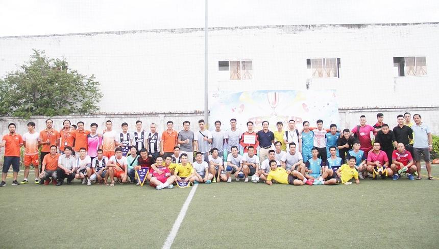 Trải qua hai ngày thi đấu, Liên quân là đội tạm thời dẫn đầu với 4 điểm nhưng thi đấu nhiều hơn một trận. Đứng phía sau lần lượt Synnex FPT (3 điểm), FPT Telecom (3 điểm), FPT DPS (1 điểm, nhưng thi đấu hai trận), FPT Retail (0 điểm) và FPT Software (0 điểm). Cup 13/9 miền Trung 2019 sẽ tiếp tục diễn ra ngày 24/8 trên sân FPT Massda, TP Đà Nẵng.
