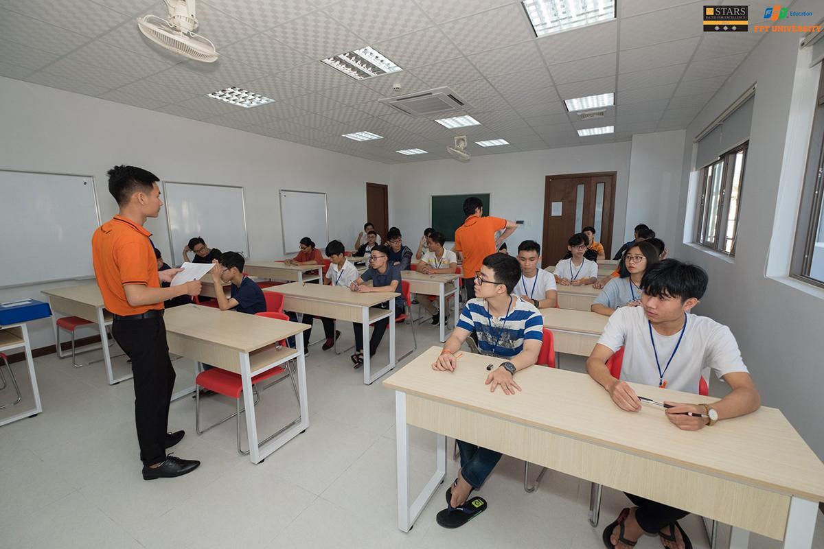 Kỳ thi nhằm đánh giá năng lực tiếng Anh của sinh viên để nhà trường đưa ra lộ trình đào tạo phù hợp.