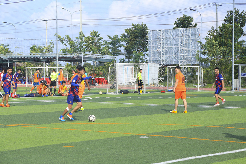Riêng cầu thủ Dương Quốc Cường của FPT IS đã ghi đến 6 bàn vào lưới Liên quân.