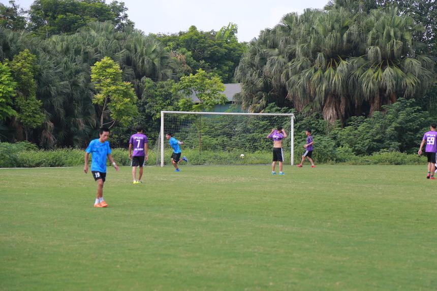 Kết thúc hiệp một, FPT IS lội ngược dòng với tỷ số 2-1. Sang hiệp hai, các cầu thủ áo xanh thừa thắng xông lên, ghi thêm 2 bàn thắng bằng việc lập cú đúp của cầu thủ Phan Văn Hoàng. Kết thúc trận đấu, FPT IS đánh bại TP Bank với tỷ số 4-1, giành 3 điểm, vươn lên tạm dẫn đầu giải đấu. Tuy nhiên, nhà Hệ thống đã hoàn thành số lượt trận (tổng là 8 điểm) và phải chờ kết quả loạt trận vòng 5. Trong đó, đội FPT Software và FPT Education đang theo đuổi sát nút về tổng điểm. Chỉ cần một trong 2 đội giành chiến thắng là ngôi vị quán quân sẽ tuột khỏi tay của nhà Hệ thống.