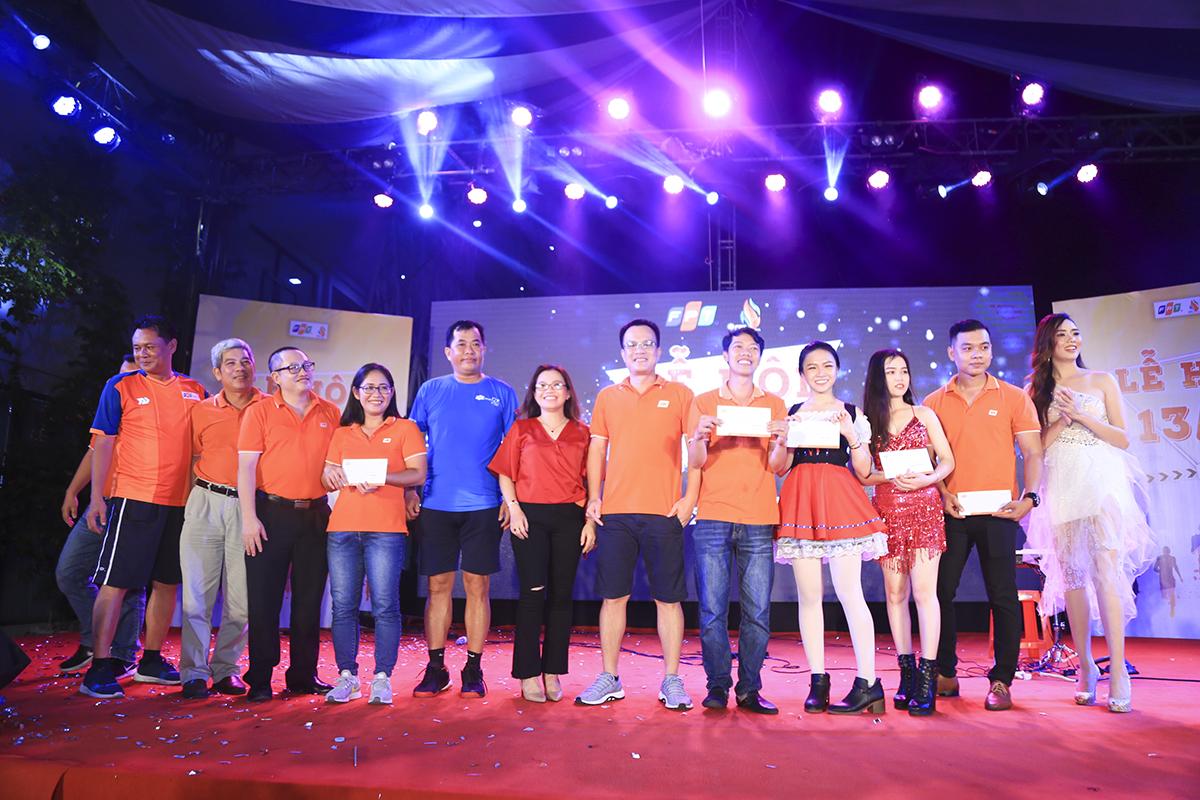 BTC cũng tiến hành trao các hạng mục giải thưởng cho phần thi văn nghệ: giải Nhất thuộc về FPT Education, giải Nhì là FPT Software, giải Ba thuộc về Synnex FPT và giải Khuyến khích được trao cho FPT Telecom và FPT IS.