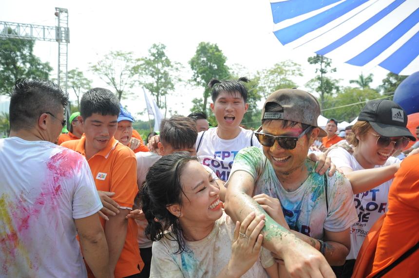 Niềm vui của những người tham gia Hội thao 13/9 mừng sinh nhật FPT.