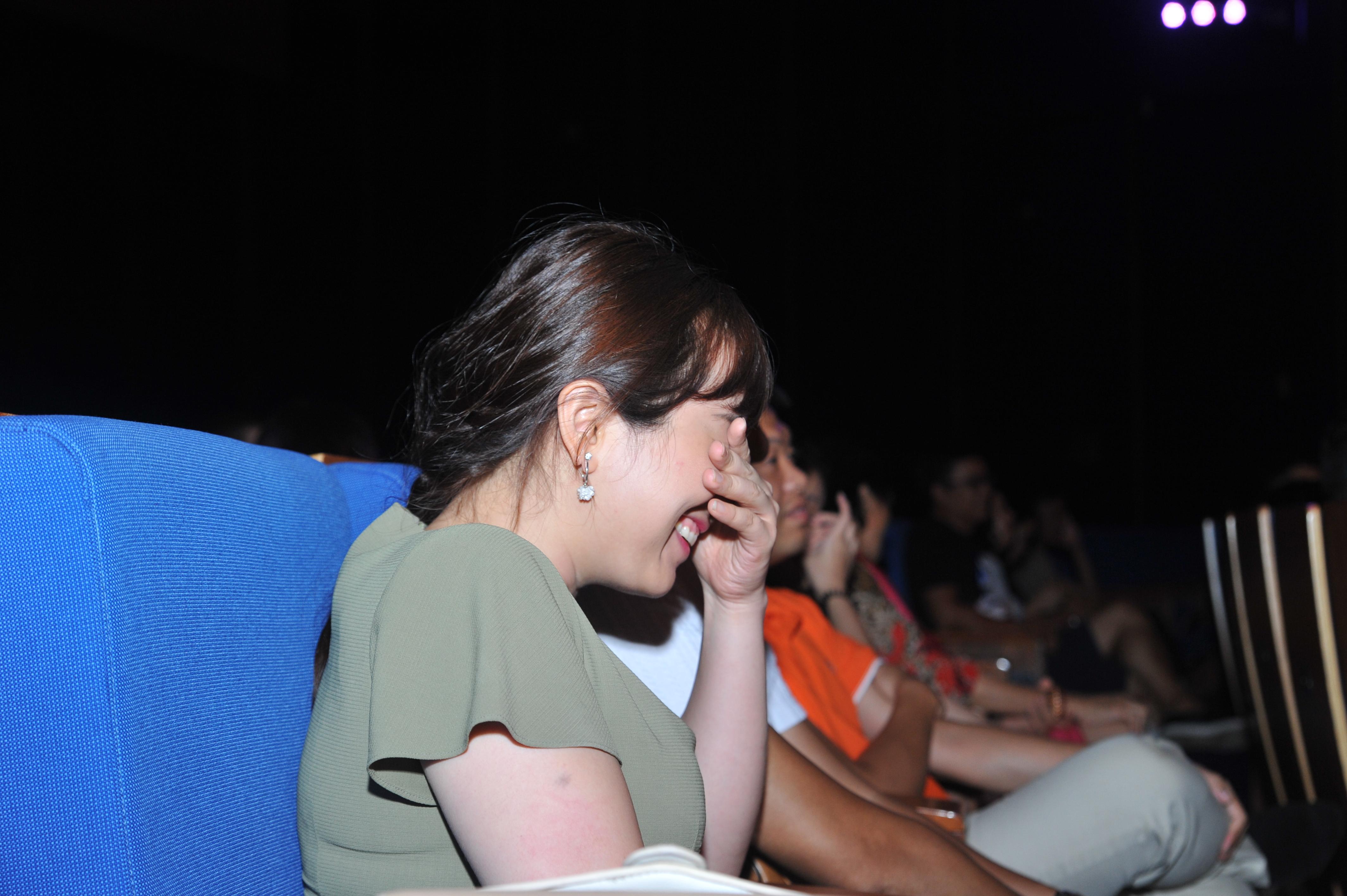 """Khán giả không thể nhịn cười trước sự duyên dáng của """"cô Đẩu""""."""