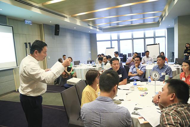 Ban lãnh đạo và quản lý cấp cao sẽ cùng tham gia đánh giá thực trạng, thảo luận, đóng góp ý kiến hoàn thiện dự thảo quy định mới.