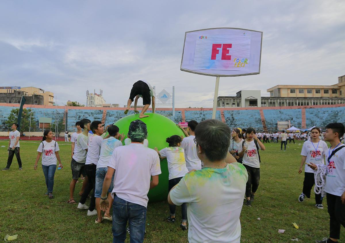 Ban tổ chức chia thành hai lượt để đấu vòng loại, mỗi vòng có 4 đội. Các đơn vị như FPT Edu, FPT Software hay Liên quân... tỏ ra lép vế và không thể có kết quả tốt.