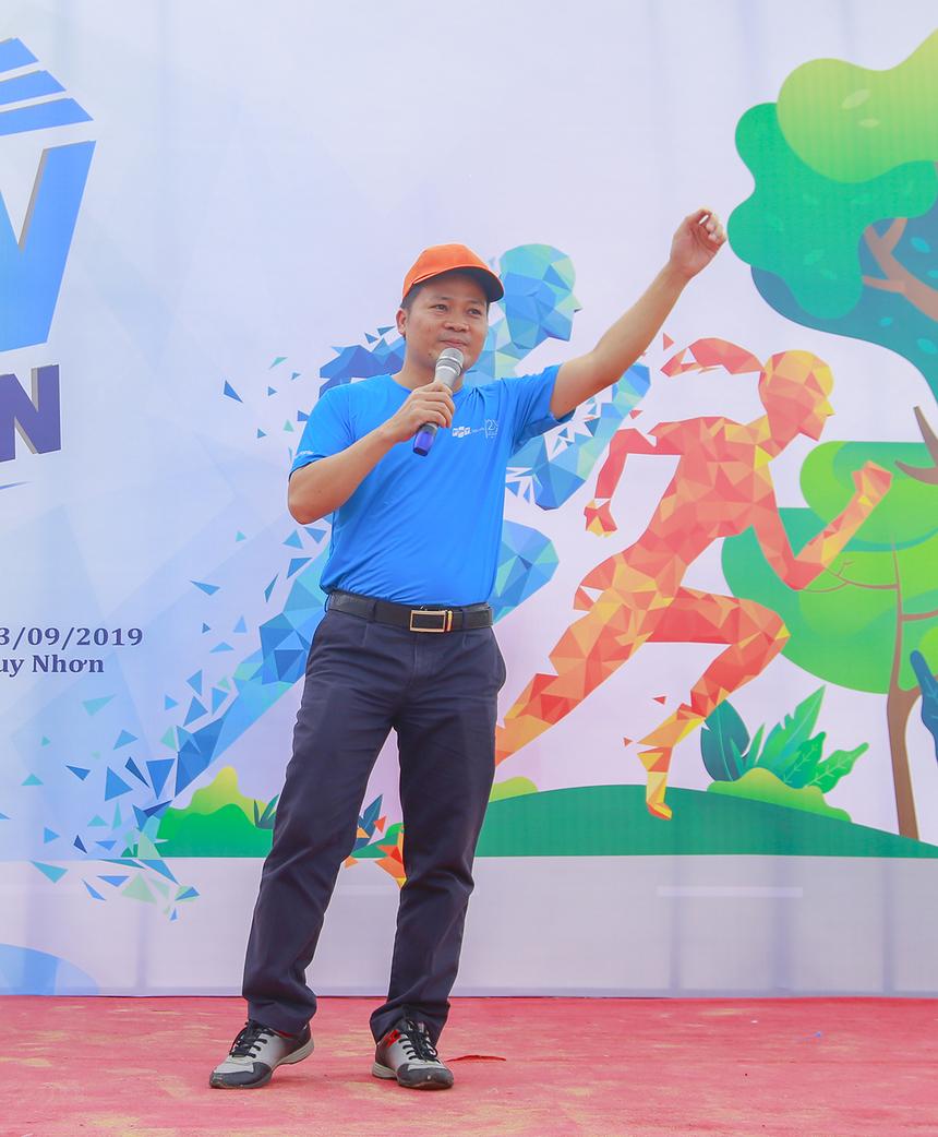 GĐ FPT Software Quy Nhơn - anh Vũ Văn Đông mong muốn sân chơi trở thành nét văn hóa của đơn vị. Thông qua hoạt động chạy, người FPT có thể rèn luyện sức khỏe và nâng cao tinh thần thể thao, đặc biệt tạo sân chơi giao lưu và gắn kết giữa các đơn vị.