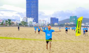 300 người FPT Quy Nhơn chạy mừng sinh nhật Tập đoàn