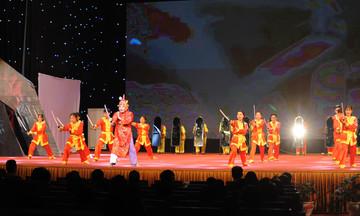 Hội diễn 13/9: Nhà Giáo dục mượn 'Gióng' kể bệnh 'Kiết' làng F