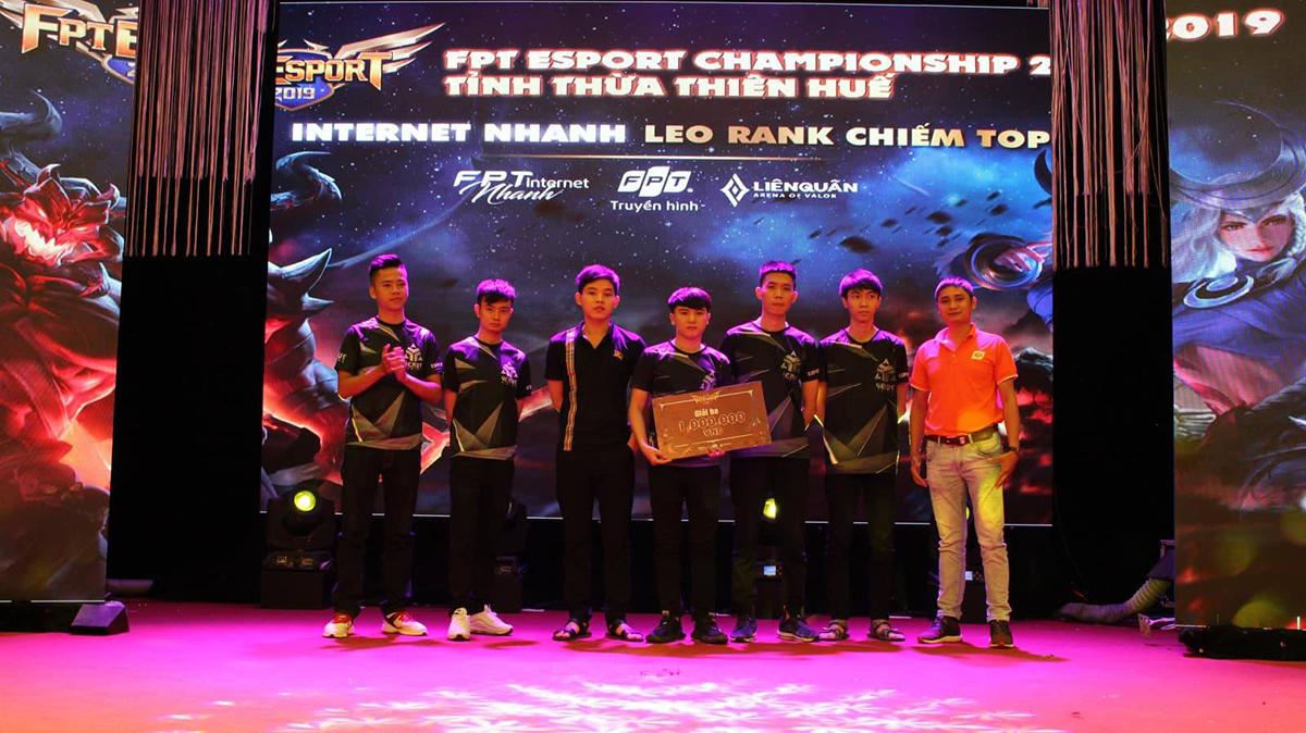 Trải qua 6 giờ tranh tài sôi động và kịch tính, Ban tổ chức cũng tìm ra được đội giành chiến thắng. Giải Ba thuộc về đội Venus gaming với tiền thưởng trị giá 1 triệu đồng.