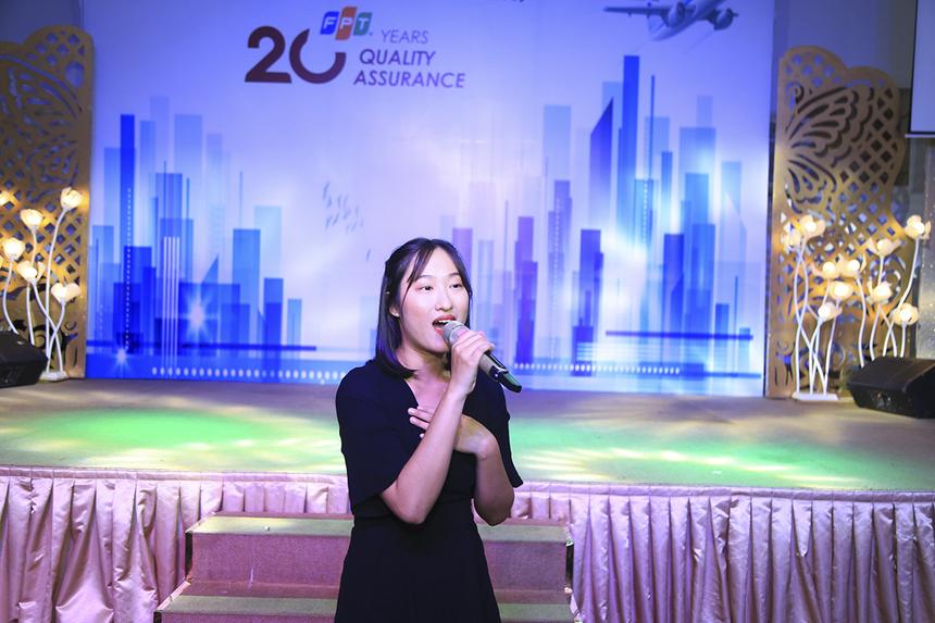 """Các cô gái FPT Software tiếp tục mang đến cho người Chất lượng ca khúc STCo """"Không sao đâu, QA đây rồi"""". Bài hát được viết lại từ giai điệu bản hít của Suni Hạ Linh và Lou Hoàng."""