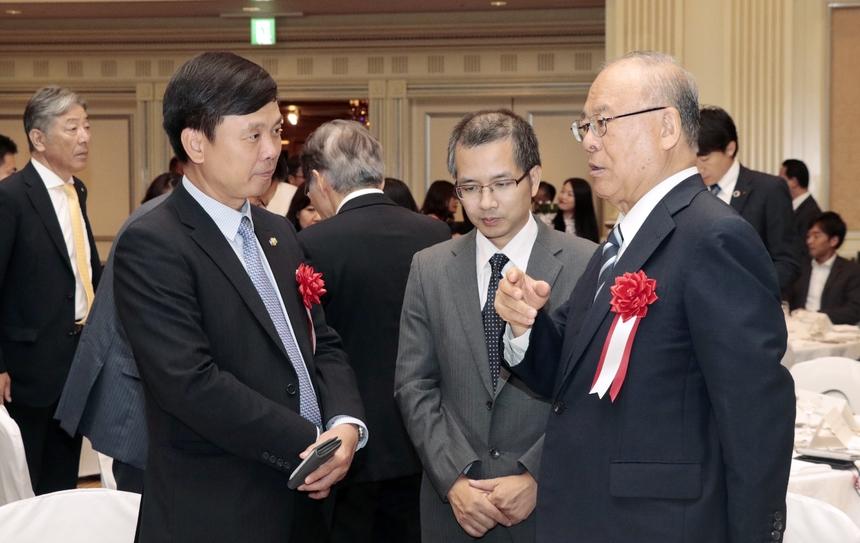 Học viện FPT Japan là trường đào tạo đầu tiên của FPT được hoạt động trên đất Nhật Bản. Trường đặt mục tiêu cung cấp 200 nhân sự thành thạo tiếng Nhật cho FPT Japan trong năm 2019.