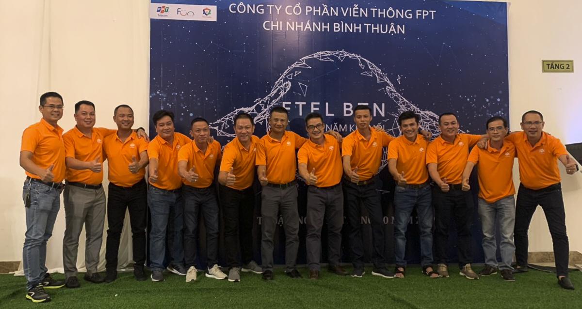 Sự kiện có sự tham gia Anh Chu Hùng Thắng - PGĐ FPT Telecom và anh Nguyễn Ngọc Khánh - GĐ Vùng 6 cùng đại diện các chi nhánh trong Vùng đã có mặt chung vui cùng chi nhánh.
