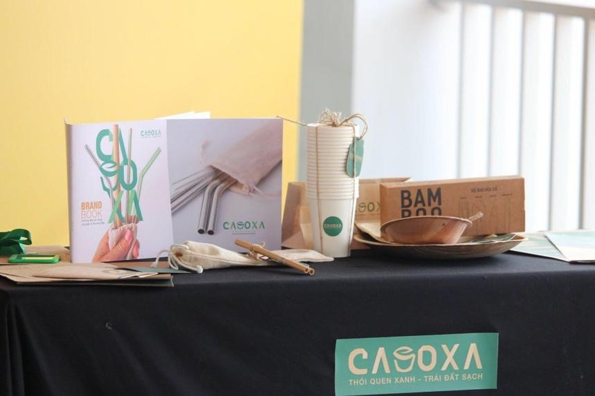 Nhóm CASOXA mang đến bộ sản phẩm với thiết kế xinh xắn.
