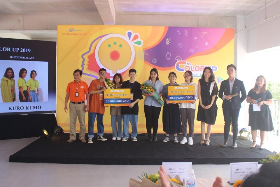 Sau các phần thuyết trình, BGK đã chọn ra 2 đội xuất sắc nhất ở mỗi bảng. Bảng Design gọi tên Casaxo với bộ sản phẩm xuất sắc. Và giải Nhất bảng Digital Art đã thuộc về đội Kuro Kumo.