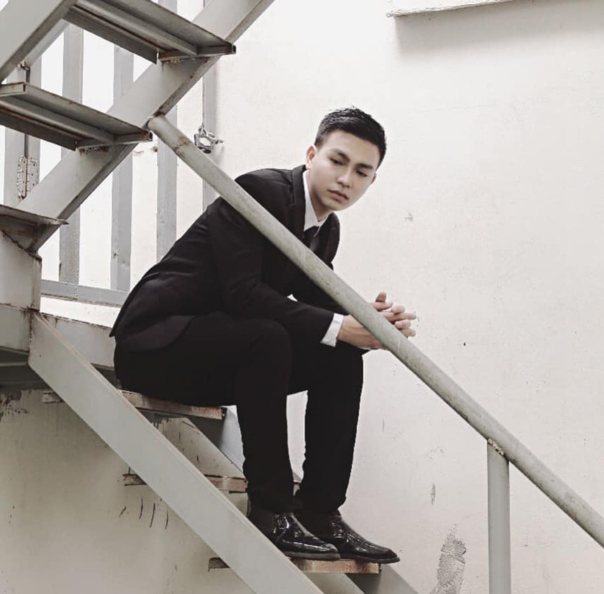 Huỳnh Văn Bình đảm nhận vị trí cán bộ Văn hóa - Đoàn thể FPT Edu tại Đà Nẵng vào tháng 5 vừa qua. Anh được mọi người yêu mến bởi tính cách thân thiện, vui vẻ và hết mình trong công việc.