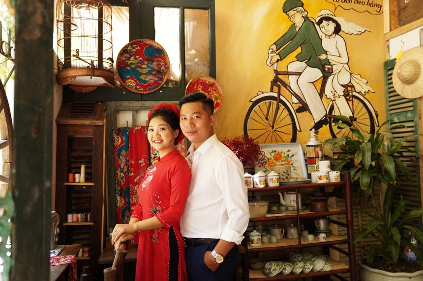 Sau khi đăng tải ảnh cưới lên Facebook cá nhân, chú rể Đồng Hưởng và cô dâu Phương Ánh nhận được rất nhiều sự chúc phúc của người FPT Telecom trên toàn quốc. Lại thêm một cặp đôi từ nhà 'Cáo' được nên duyên.