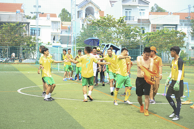 Vòng bán kết được diễn ra ngay sau đó với chiến thắng thuộc về Đồng Tháp và Vĩnh Long. Trong trận chung kết, chi nhánh Đồng Tháp đã xuất sắc đánh bại đối thủ với tỷ số 2-1.