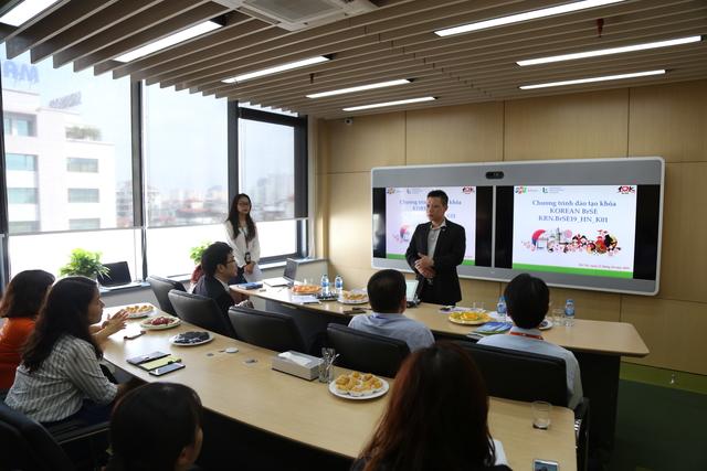 GĐ FOT Korea phát biểu tại sự kiện. Ảnh: Quốc Phú.