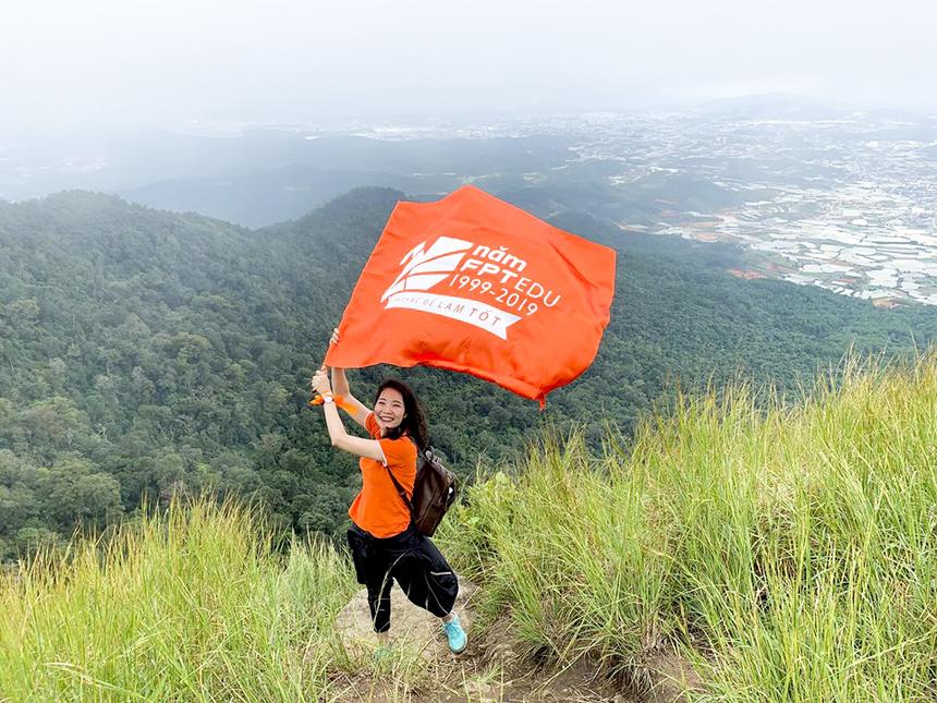 Tân Thám hoa FPT 2019 Phạm Tuyết Hạnh Hà đã chinh phục thành công Langbiang sau khi vừa trải qua màn so tài căng thẳng tại cuộc thi Trạng FPT 2019.
