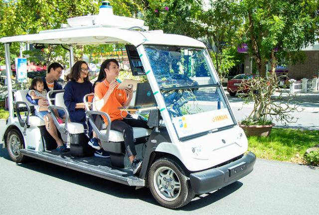 xe-tu-hanh-fpt-9390-1572517399.jpg