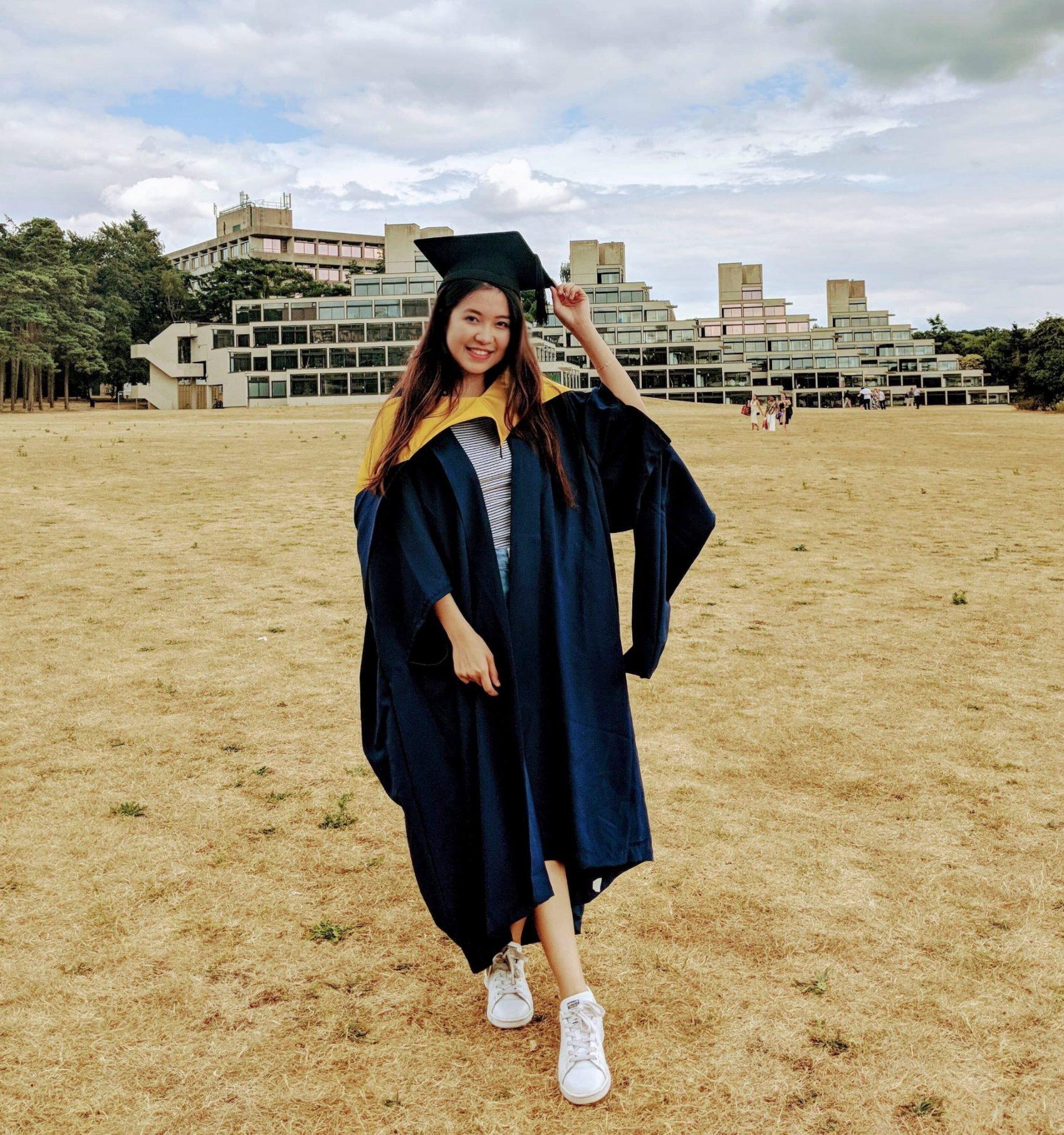 Trước đó, người đẹp du học tạiUniversity of East Anglia, Anh quốc.