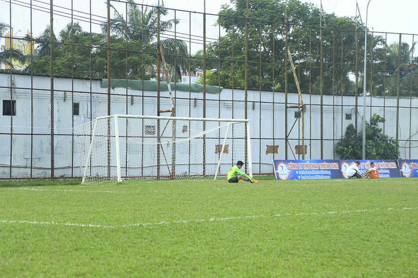 Sau nhiều pha tấn công không biết mệt mỏi, cuối cùng FPT Securities đã có được thành quả là bàn thắng ấn định chiến thắng 4-2 do công của cầu thủ vào sân thay người Trần Khánh Bình ở cuối trận.