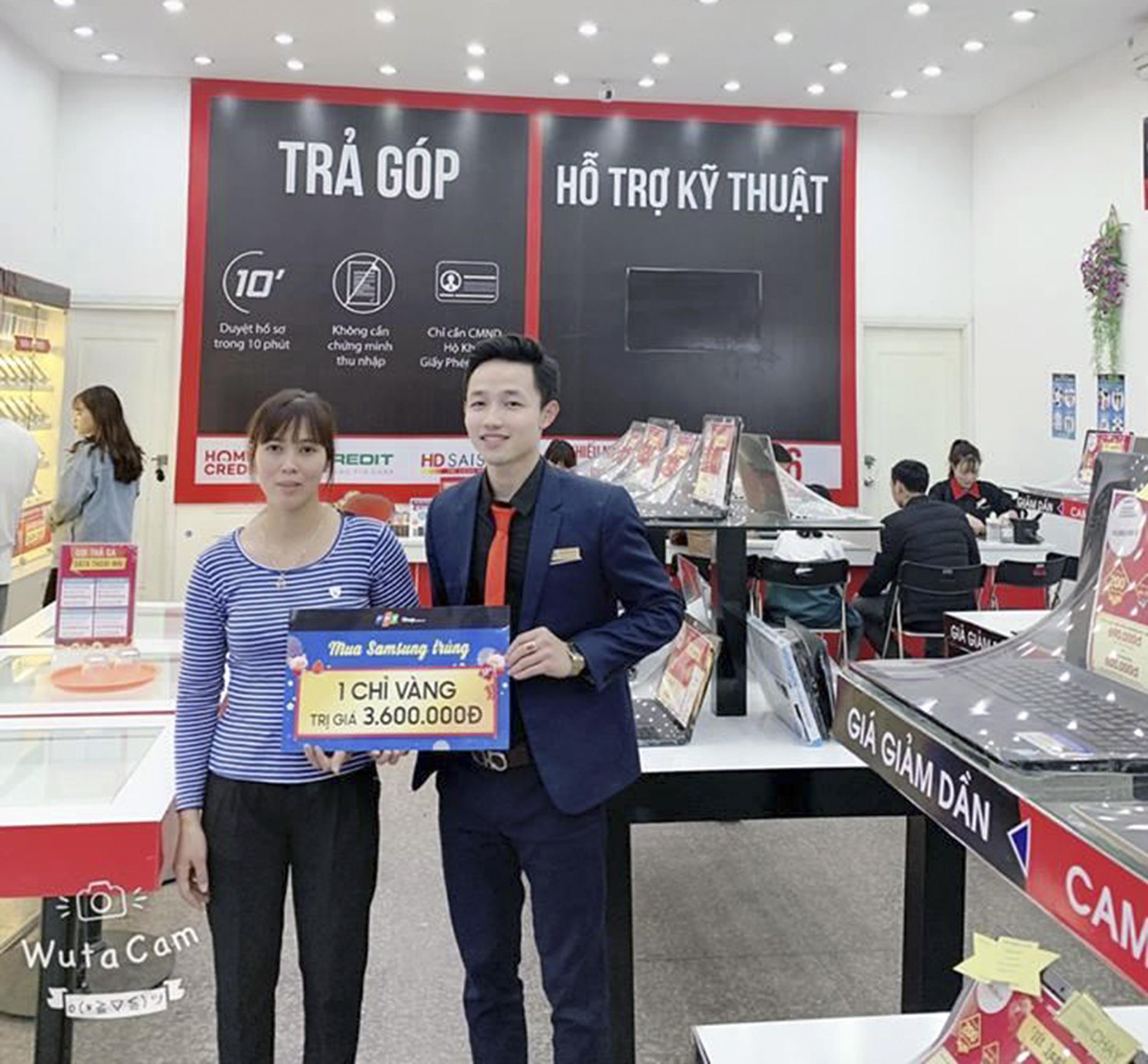 Anh Nguyễn Văn Hải, Phó Quản lý FPT Shop số 89 Nguyễn Hữu Tiến, thị trấn Đồng Văn, Duy Tiên, Hà Nam, trở thành Nam vương của cuộc thi. Anh đạt 80,4 tổng điểm, gồm: 57,9 điểm bình chọn online và 22,5 điểm do BGK chấm.