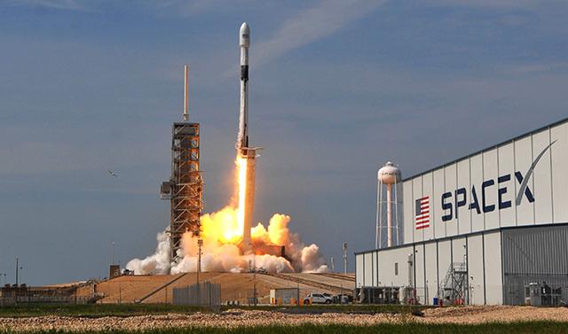 spaceX-internet-6262-1573564707.jpg