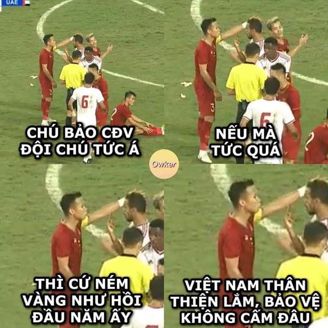 Tuyển Việt Nam giành chiến thắng 1-0 trước UAE. Sau 4 trận đấu, các chiến binh sao vàng đang có 10 điểm, tạm xếp thứ nhất ở bảng G.