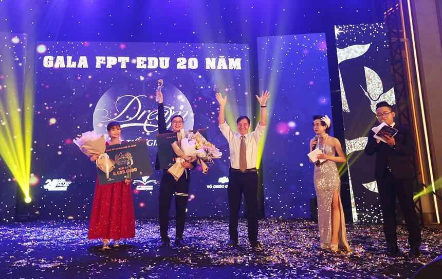 Kết quả chung cuộc phần thi văn nghệ, giải Triển vọng thuộc về Liên quân THCS, Tiểu học và FISEC; giải Cống hiến thuộc về Liên quân THPT và Khối văn phòng. GiảiĐồng vàBạc lần lượt thuộc về Liên quân FPT Polytechnic và BTEC FPT;Đại học Greenwich (Việt Nam).Với phần thể hiện xuất sắc của mình, ĐH FPT trở thành nhà Vô địch của cuộc thi.
