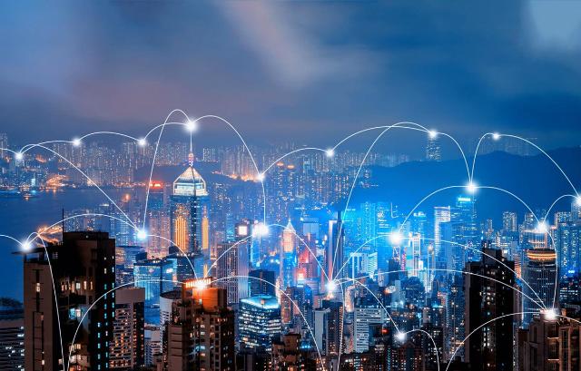 Tại thành phố thông minh tất cả đều được kết nối. Ảnh: Huyền Trang