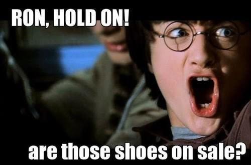 """""""Ron, đôi giày đấy đang sale à??"""""""