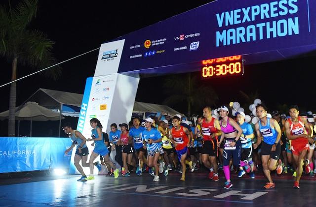 Giải chạy VnExpress Marathon Quy Nhơn diễn ra hồi tháng 6/2019. Ảnh: VnExpress