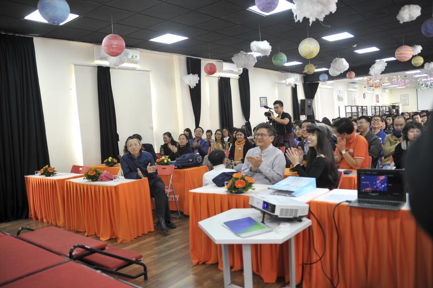 Hội thảo có sự góp mặt của anh Nguyễn Khắc Thành (Hiệu trưởng ĐH FPT), chị Nguyễn Kim Ánh (Phó hiệu trưởng ĐH FPT), chị Phạm Thị Khánh Ly (Hiệu trưởng Tiểu học và THCS FPT Cầu Giấy) và các giảng viên, cán bộ nhân viên FPT cùng một số khách mời từ các tổ chức, doanh nghiệp.